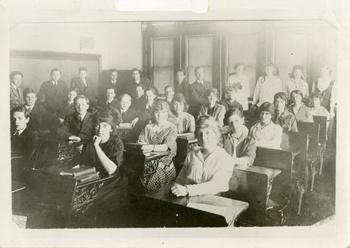 assembly-1916.jpg